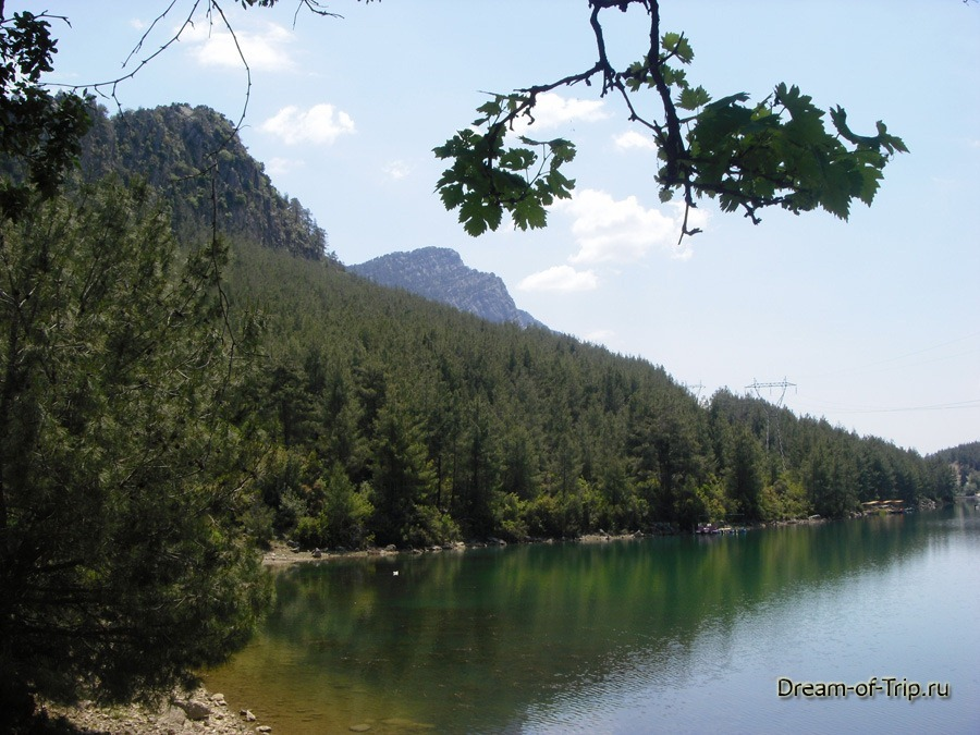 Турция.  Pыбалка на озере Караджаорен.