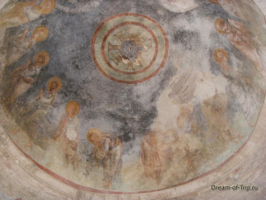 Мира. Церковь Святого Николая. Купол.
