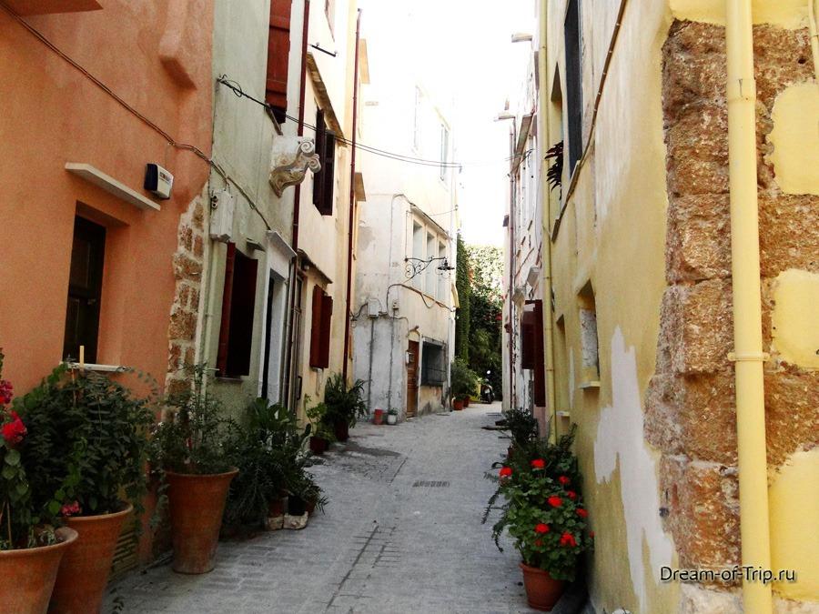 Город Ханья на острове Крит.