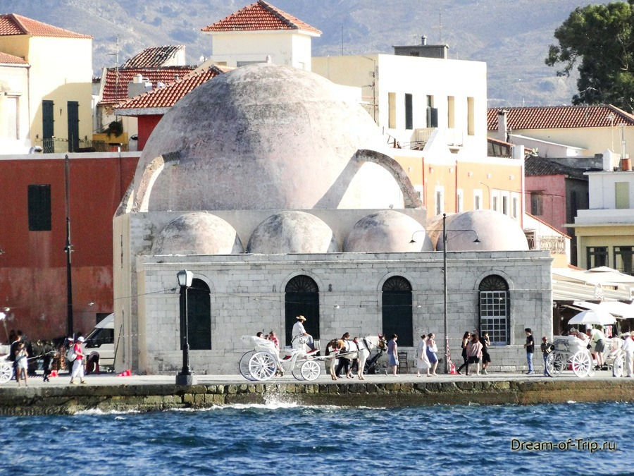 Город Ханья на острове Крит. Набережная.