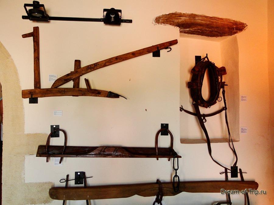 Крит. Музей оливок, инструменты.