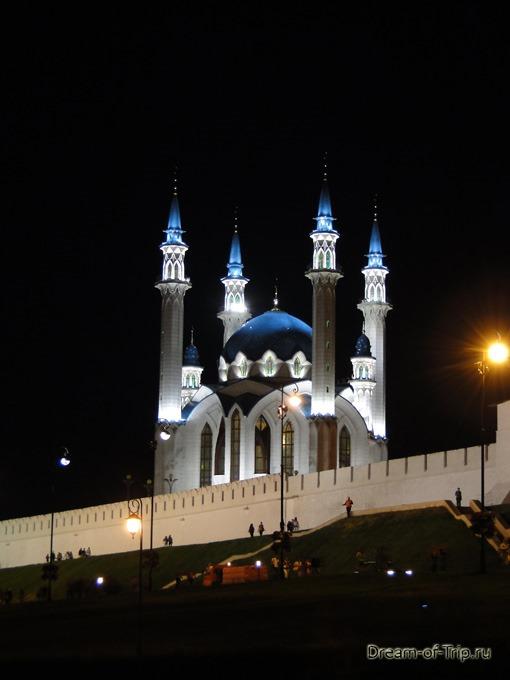 Ночная Казань. Мечеть Кул Шариф.