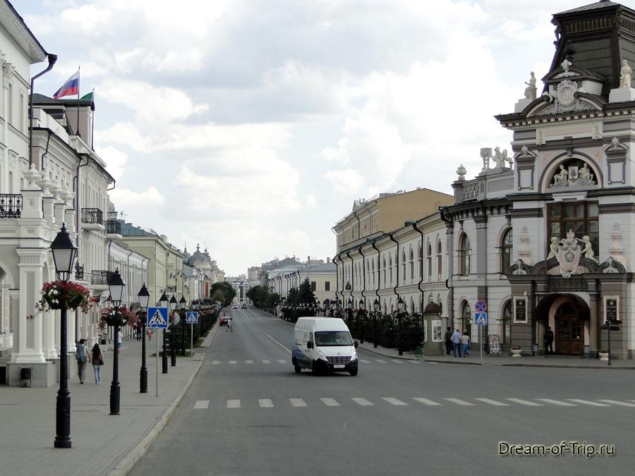 Казань сейчас. Улица Кремлевская.
