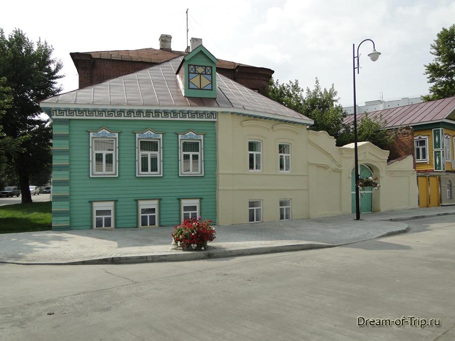 Старо-Татарская слобода. Интересный домик.