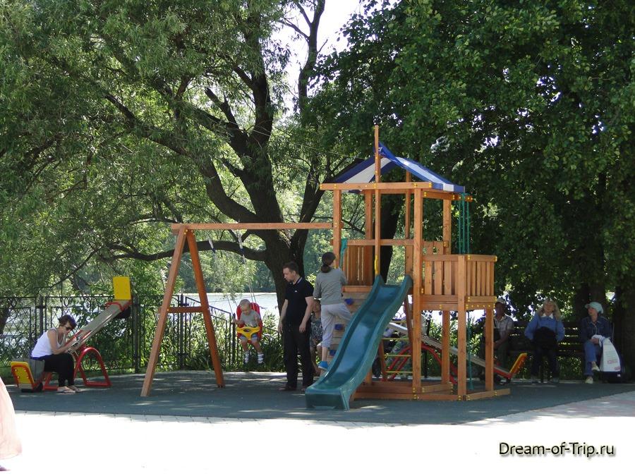 Детская площадка в Раифе.