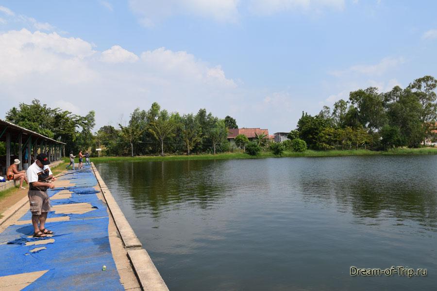 Озеро в Джомтьен фишинг парк