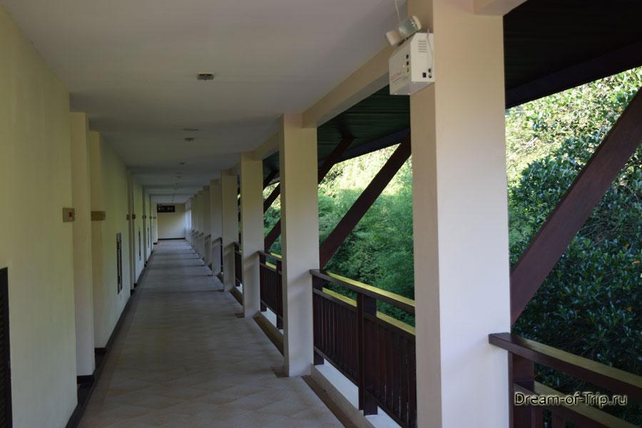 Ко Чанг Кача корридор отеля