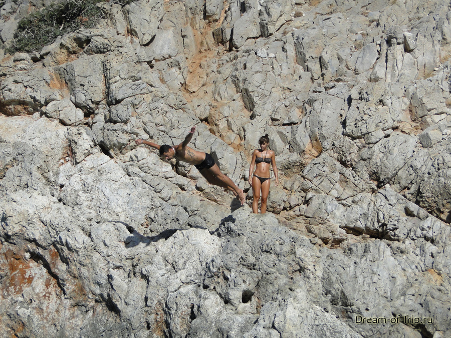 Чертова Гавань. Прыжки со скал.