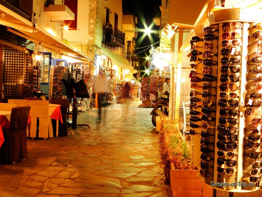 Ночные улицы Ханьи. Крит.