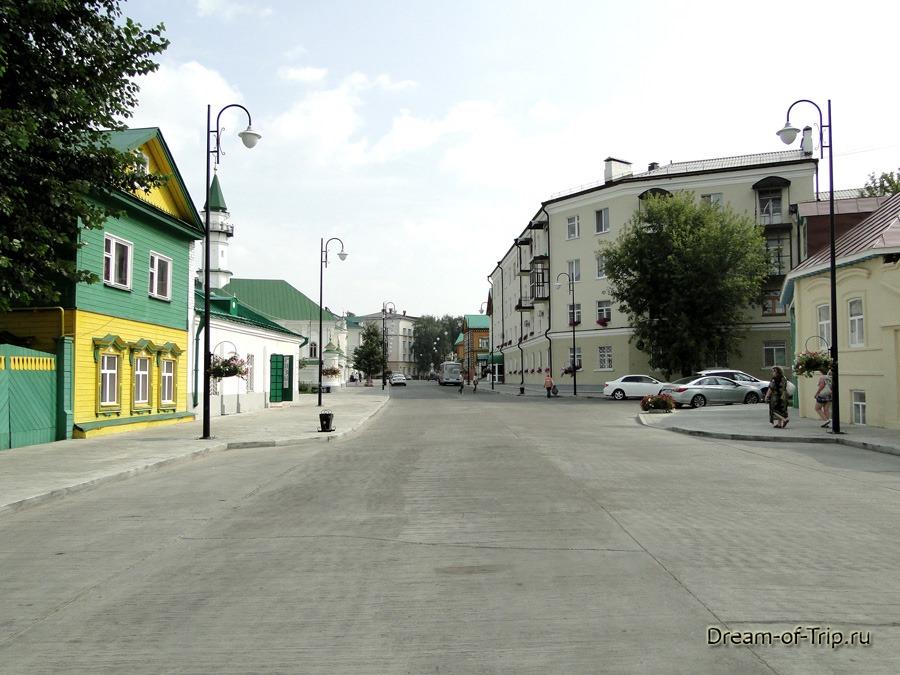 Старо-Татарская слобода. Улица Каюма Насыри. Прогулка.
