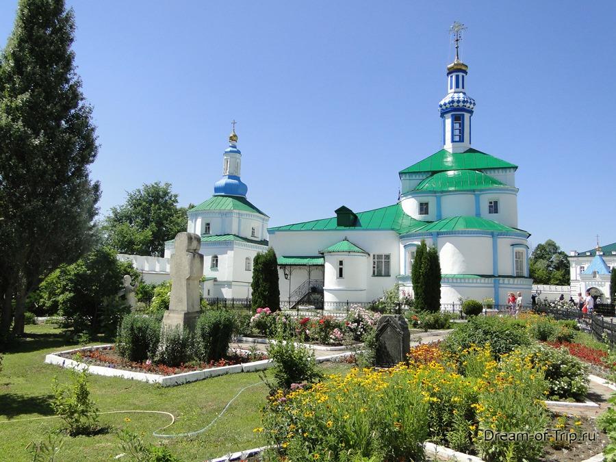 Церковь святых отцов в Синае и Раифе Избиенных