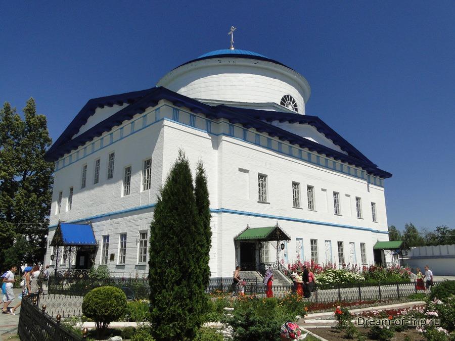 Собор Грузинской Божией Матери