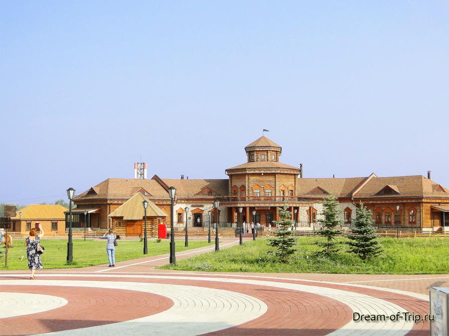 Главное здание музея хлеба с основными экспозициями.