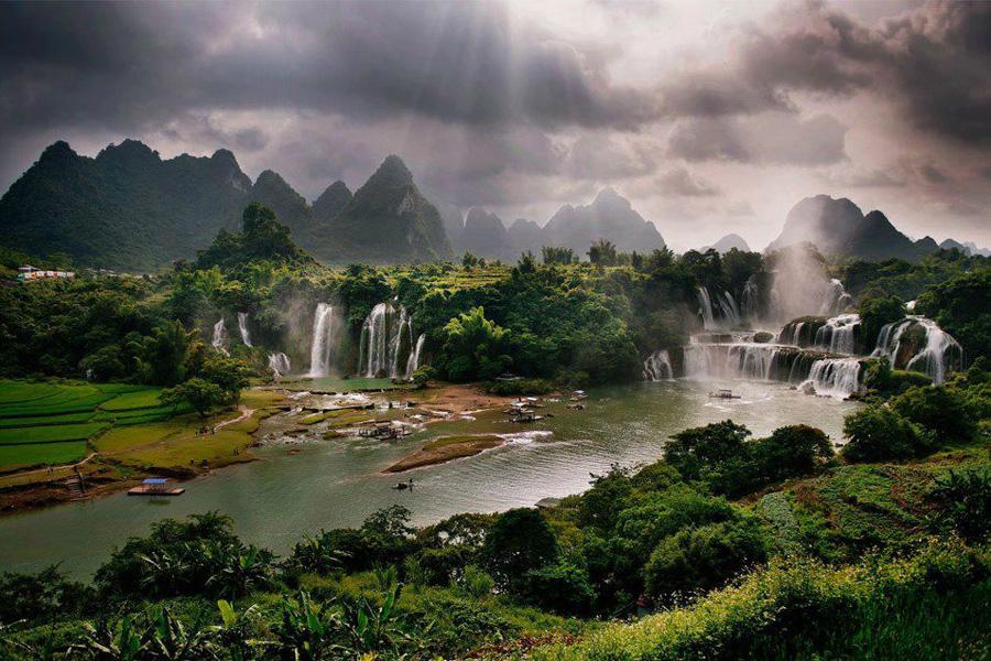Водопад Дэтянь.