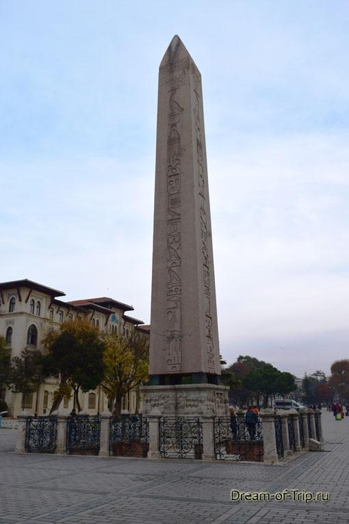 Египетский обелиск на площади Султанахмет